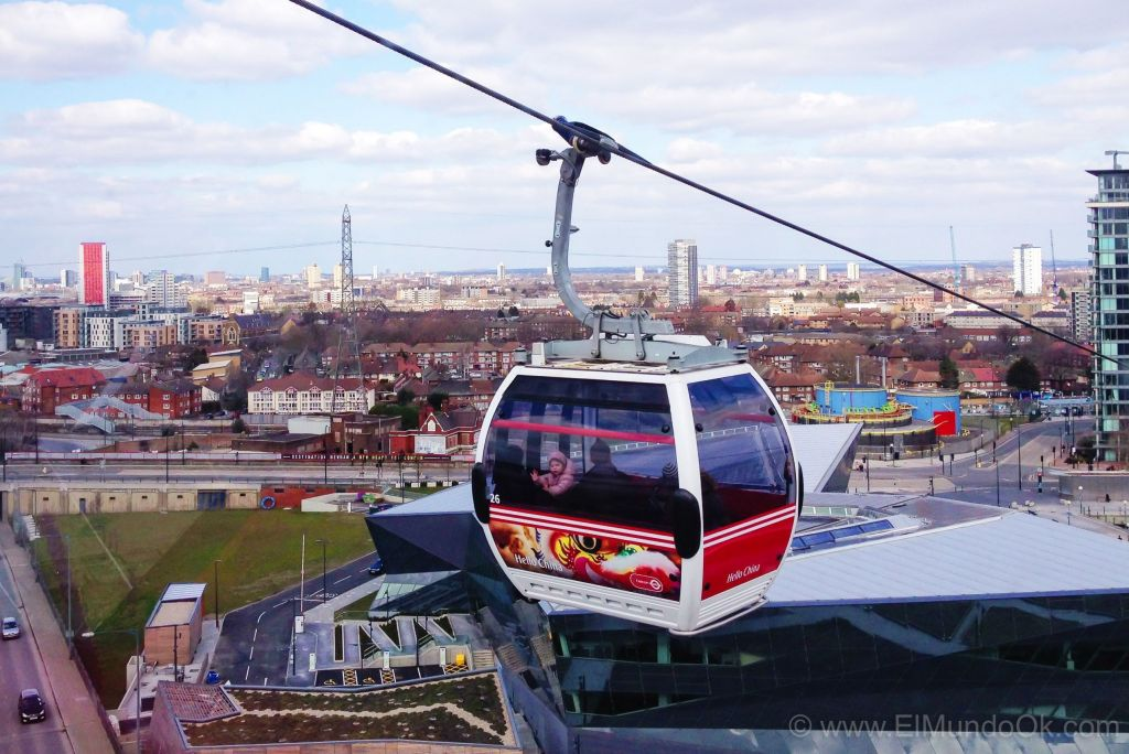The Emirates Air Line. Cable car en Londres.