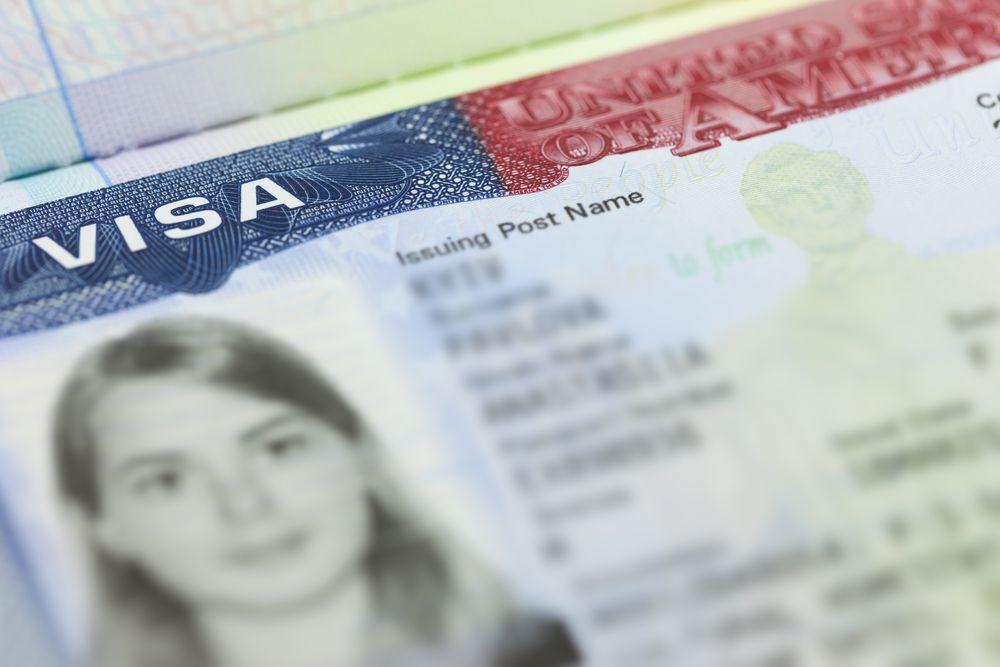 Visa americana estampada.