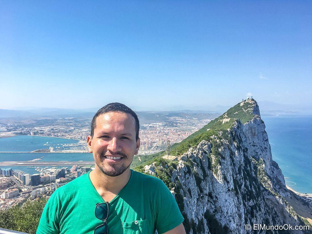 Vistas desde la cima de la Roca en Gibraltar. Escapadas de un día desde Málaga.
