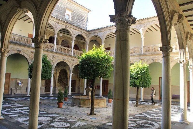 Hotel 5 estrellas ubeda cool simple hotel palacio de - Hotel palacio de ubeda ...