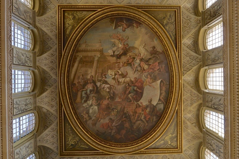 blenheimpalace-history-portraits-greathall-ceiling.8be22613
