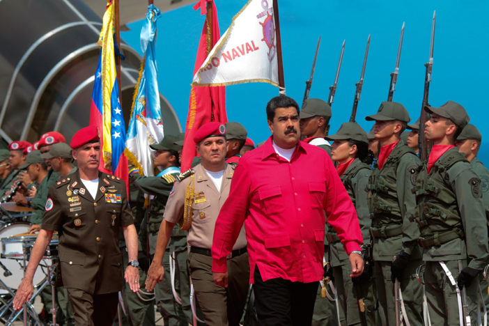 "Maduro pide a Peña frenar ""agresión ilegal"" contra Venezuela"