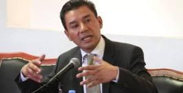 Renuncia Jesús Valencia al PRD y se integra al proyecto de AMLO