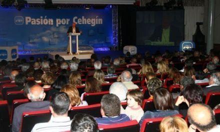 José Soria se presenta como candidato ante cerca de 500 personas