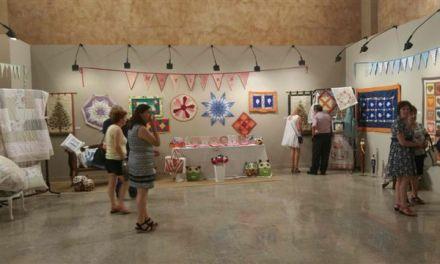Las obras de los alumnos de taller de arte caravaqueño 'Martina' se exponen en la Compañía de Jesús