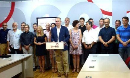 González Tovar destaca «la acción de los ayuntamientos socialistas por ayudar a las familias con dificultades»
