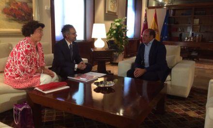 José Moreno expone en su reunión con el Presidente las necesidades de Caravaca para el Año Santo 2017