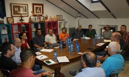Se reúnen, por primera vez, los colectivos que hacen uso de los montes públicos de Cehegín para coordinar sus actividades
