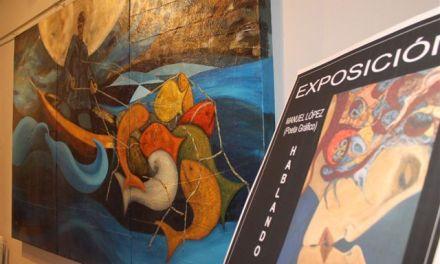 """Manuel López expone su obra """"Hablando con la pintura"""" en la sala de exposiciones de la Casa de Cultura de Bullas"""