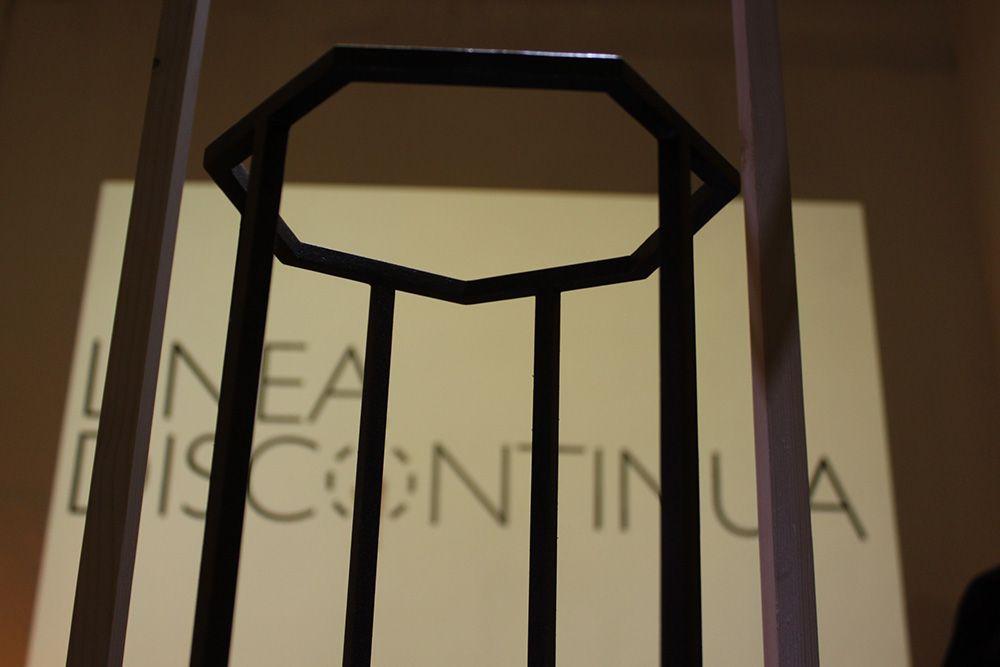 Exposición Linea Discontinua