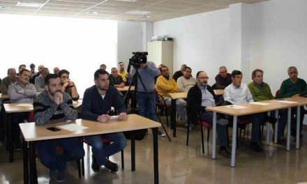 El Ayuntamiento muestra su apoyo a los empresarios agrupados en la Asociación del Calzado del Noroeste de Murcia
