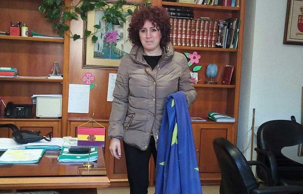 Concentración en Moratalla contra la expulsión de refugiados y minuto de silencio por los atentados