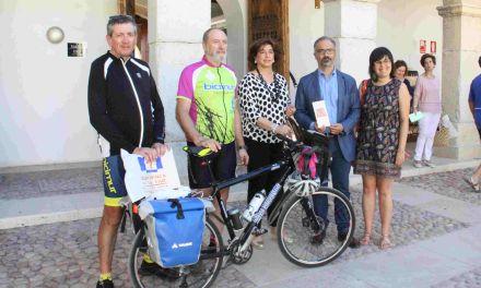 Ciclistas de BiciMur realizan la ruta 'Triángulo Santo', que une Santiago, Liébana y Caravaca