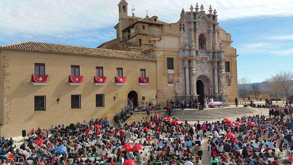 IU-Verdes considera inadmisible la mezcla de intereses religiosos en la actividad del Consejo Escolar de la Región de Murcia con su peregrinación a Caravaca