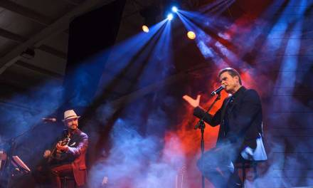 De estación en estación cantando al Flaco: el espectáculo Sabina en las Venas llega a Caravaca
