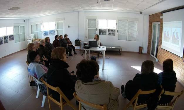 Taller de memoria para personas mayores en el Hogar del Pensionista de Moratalla