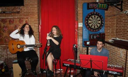 La Asociación Musical Backstage promueve la música de artistas muleños