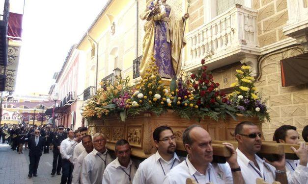 Procesión de San José por las calles de Mula