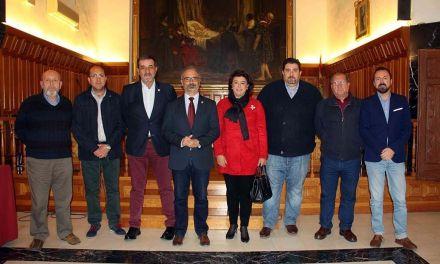 El Ayuntamiento de Caravaca entrega subvenciones por un importe global de 70.000 euros a Comisión de Festejos y los bandos
