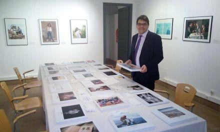 El museo 'Cristóbal Gabarrón' de Mula acoge la exposición  'Con-genio'