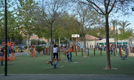 Mula adapta sus zonas de juegos para niños con discapacidad