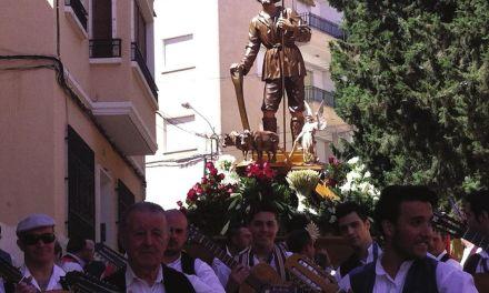 Mula se engalana con motivo de los festejos en honor a San Isidro, patrón de la huerta