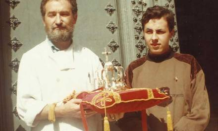 La coronación de la Virgen de Fátima, hace veinticinco años