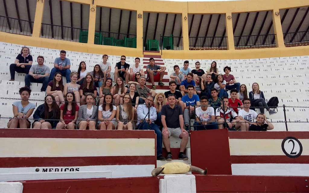 El Club Taurino de Calasparra acerca la tauromaquia a jóvenes de la ciudad alemana de Donzdorf