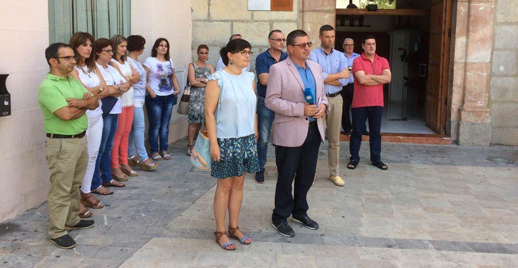 El Ayuntamiento de Caravaca se sumó a la convocatoria de la Federación de Municipios como reconocimiento a la sociedad por su movilización para derrotar a ETA
