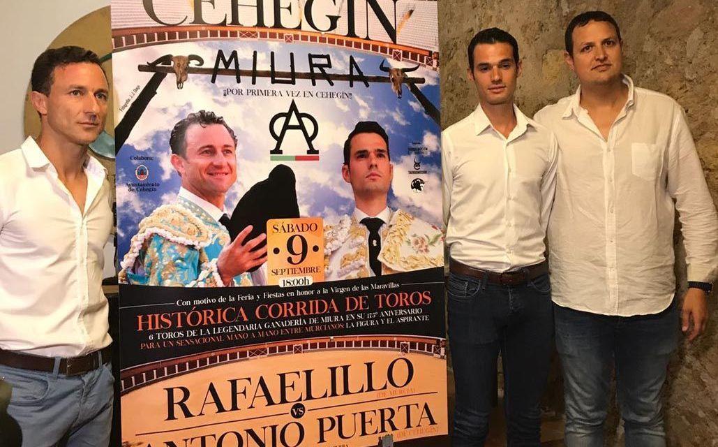 Rafaelillo y Antonio Puerta mano a mano con Miuras en Cehegín