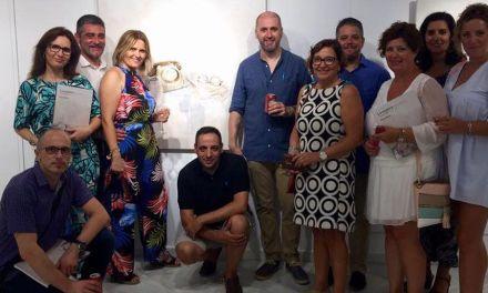 Inaugurada en Mazarrón «La espera» del artista muleño Nono García