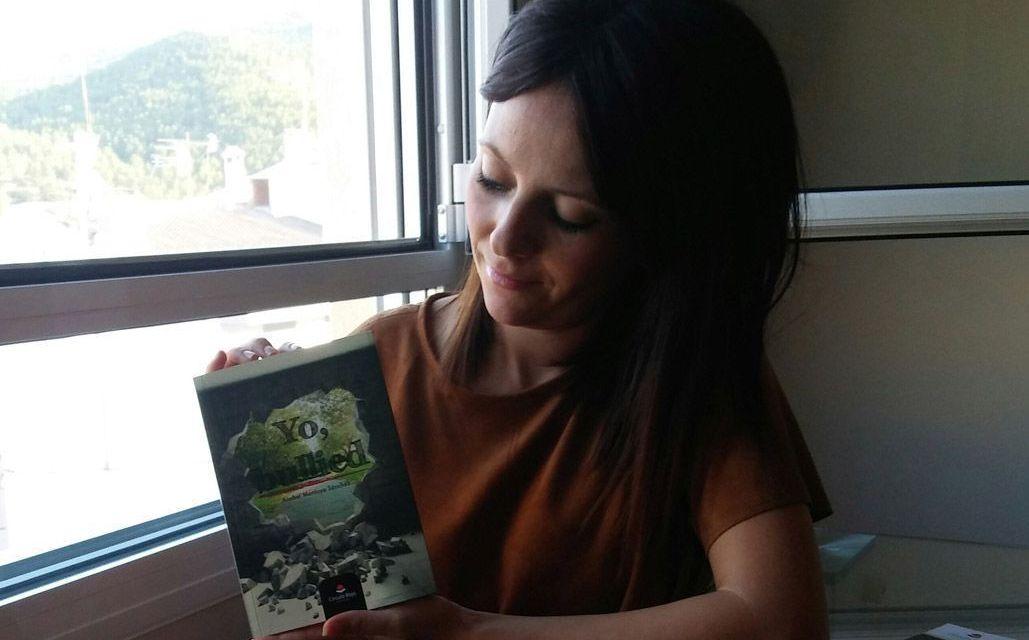 """""""Yo sufrí acoso escolar, y volví al instituto como profesora"""", Anabel Montoya, autora de """"Yo, bullied"""""""