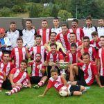 El Club Balonmano Bullense oferta dos semanas gratuitas para quien quiera conocer el club y este deporte