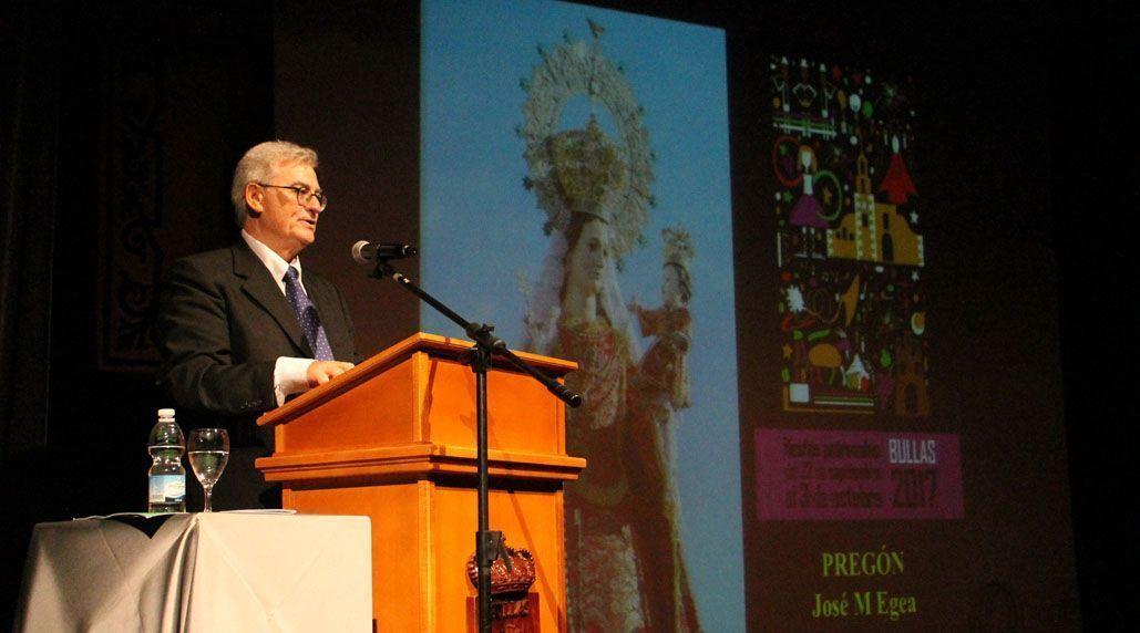 Pregón de las Fiestas en honor a la Virgen del Rosario a cargo de José María Egea, catedrático en Botánica de la Universidad de Murcia