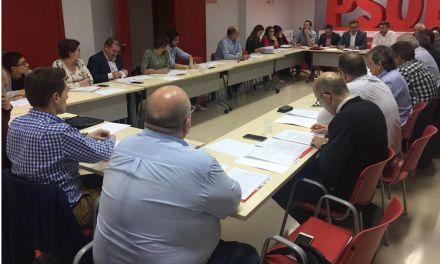 El PSOE pide al Gobierno regional lealtad institucional e igualdad de trato en los ayuntamientos
