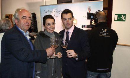 La DOP Bullas promociona  sus referencias vinícolas en Cehegín