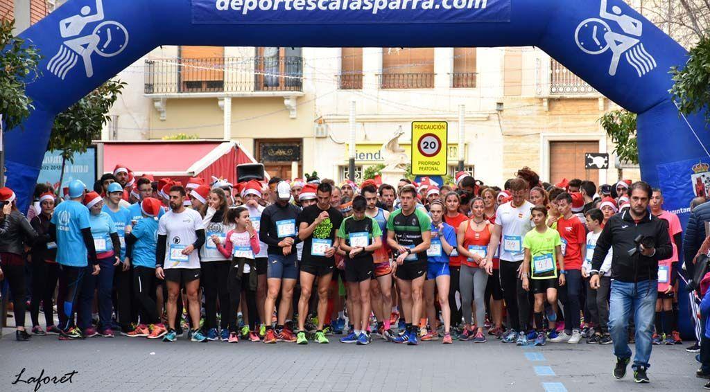 Clara González y Juan Bernal se imponen en la San Silvestre Calasparreña