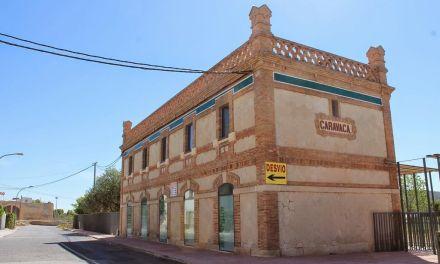 Publicados en el BORM los anuncios de licitación para la explotación del albergue 'La Estación' y el Hotel 'El Llano'