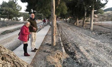 Las obras del Camino del cementerio renovarán la acometida del agua y mejorarán la fluidez del tráfico