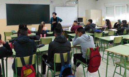 La Concejalía de Juventud desarrolla un programa de educación afectivo-sexual en los centros de Secundaria de Caravaca
