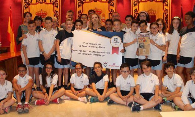 Los alumnos de 5º de primaria del Colegio Amor de Dios viajarán a la Warner tras ganar el concurso 'Periódico Escolar' del semanario El Noroeste