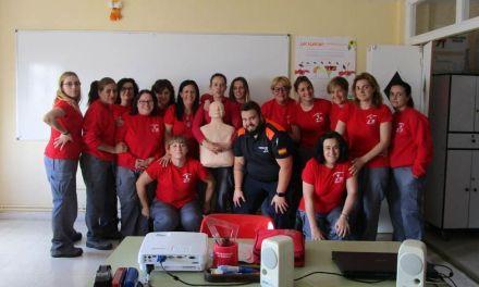 Las alumnas del Programa Mixto de Empleo y Formación de Bullas aprenden sobre primeros auxilios
