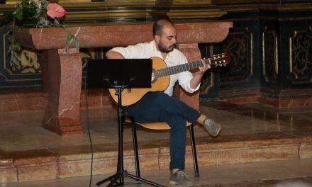 Víctor Villanueva ultima su segundo disco