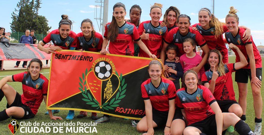 Marta Ros, la central del ascenso del Ciudad de Murcia a Segunda División