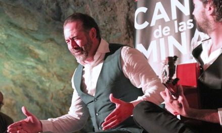 El cantaor Alfredo Tejada saca los duendes bajo la tierra de la Mina Agrupa Vicenta