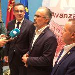 El Delegado del Gobierno y el alcalde de Caravaca se reunieron en Archivel con habitantes de pedanías tras celebrar la Junta Local de Seguridad