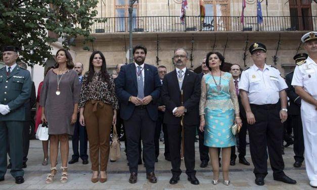 López Miras asiste a los actos organizados con motivo de la festividad de la Exaltación de la Santísima y Vera Cruz