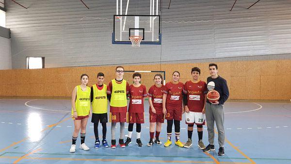 Algunos participantes en el torneo de AFEMNOR