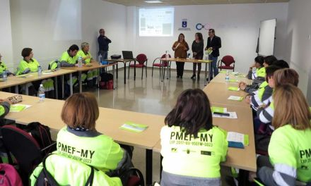 El Ayuntamiento de Caravaca imparte formación complementaria a los alumnos del programa de empleo de limpieza y jardinería