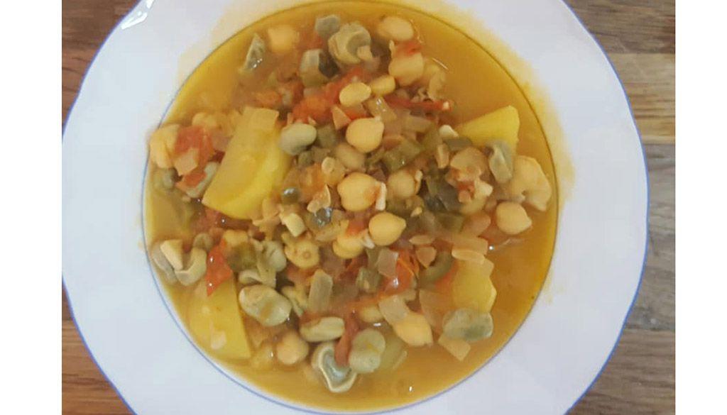 """Potaje de garbanzos y habas (""""potajes del hambre"""")"""